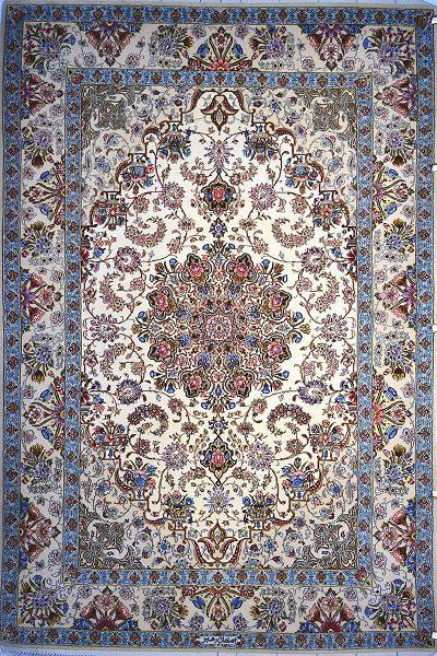 رنگ نیلی اساس مدلهای فرش اصفهان