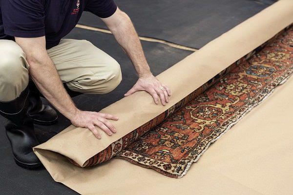 در صورت عدم وجود شرایط مناسب خشک کردن فرش بعد از شستشو، کیسی فرش ایجاد میشود
