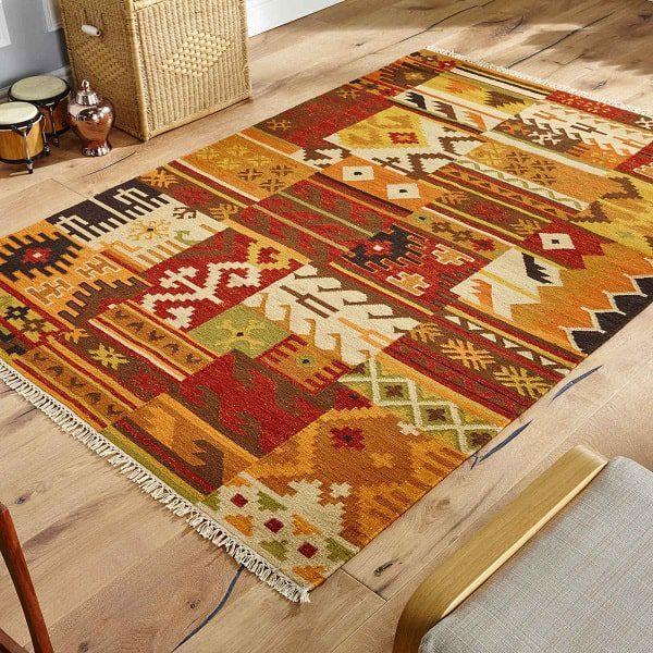 گلیم یکی از صنایع دستی سنتی مناطق خاورمیانه است